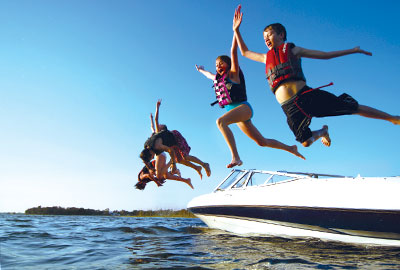 Discover Boating splash